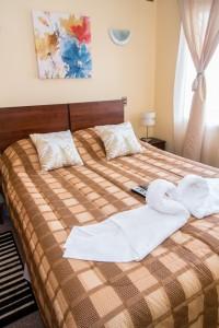 Amplia y confortable Habitación Matrimonial | Cabañas Miradores de Panitao